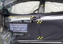 Nowa Toyota Prius w testach zderzeniowych